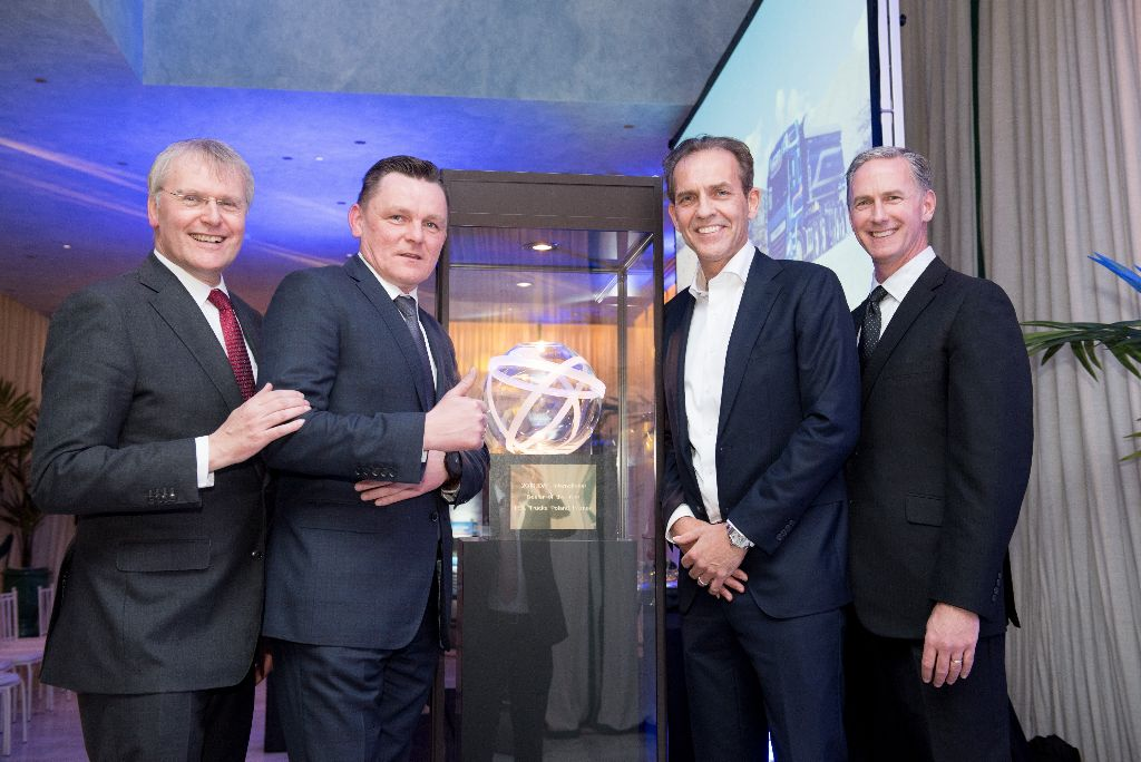 3. DAF 2018 International Dealer of the year_9154_ESA